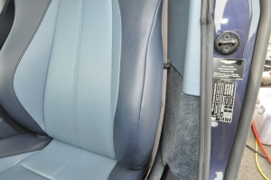 AstonMartin_V8Vantage_seat_051420142