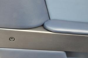 AstonMartin_V8Vantage_seat_051420146