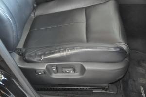Nissan_Fuga_350GT_seat1
