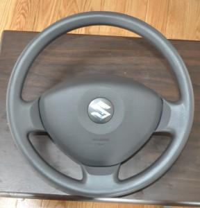 Suzuki_WagonR_Steering_050820142