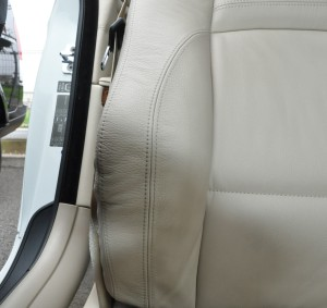 BMW_335i_seat_rearconsolebox_070320142