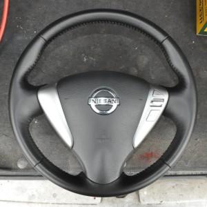 Nissan_Serena_steering_070420142