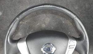 Nissan_Serena_steering_070420145