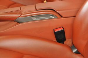 Porsche_911Carrera_seat_interior_063020147