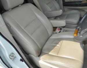 Toyota_alpherd_seat_063020145