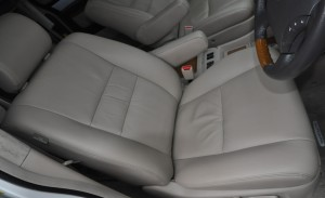 Toyota_alpherd_seat_063020146