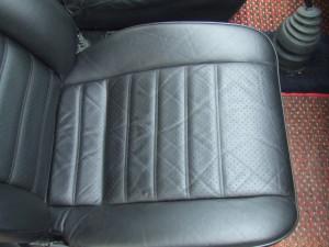 Porsche_911carrera_seat_0825201410