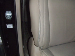 Toyota_alphard_seat_080120142