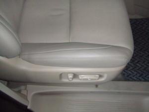 Toyota_alphard_seat_080120148