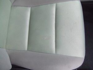 Toyota_Aqua_seat_082720142