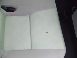 Toyota_Aqua_seat_082720143