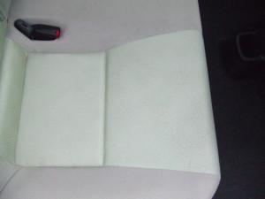 Toyota_Aqua_seat_082720144