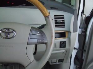 Toyota_Estima_steering_090220143