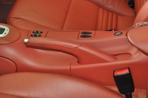 Porsche_911turbo_seat_inpane_102620146