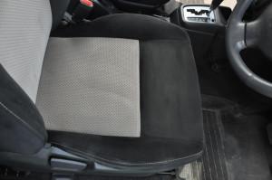 Suzuki_Jimny_seat_101120142