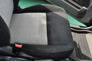 Suzuki_Jimny_seat_101120144