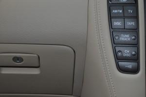 Toyota_Crown_Dashboard_100220148