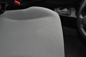 Toyota_Vitz_seat_102320142