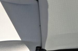Toyota_Vitz_seat_102620141
