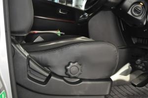 Nissan_Elgrand_seat_112920142