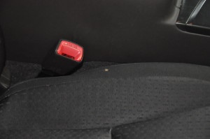 Toyota_Crown_Seat_pillar_120120141