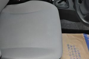 Toyota_Vitz_seat_113020142