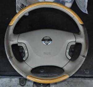 Nissan_Cima_Steering_120220141