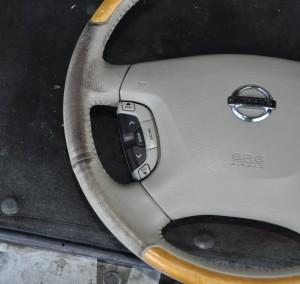 Nissan_Cima_Steering_120220145
