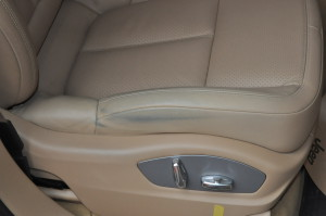 Porsche_Cayenn_seat_122020141