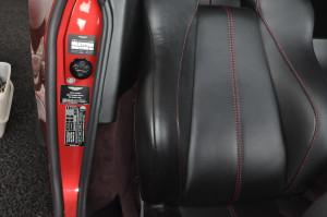 AstonMartin_V8Vantage_seat_020720152
