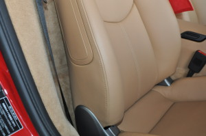 Porsche_Cayman_seat_012520156