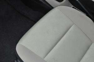 Toyota_Aqua_seat_013120152