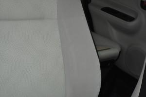 Toyota_Aqua_seat_030620152