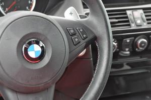 BMW_M6_steering_040120155