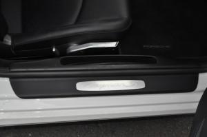 Porsche_Cayman_interior_040220153