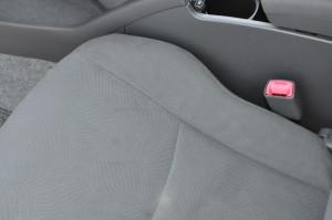 Toyota_Prius_seat_042320152