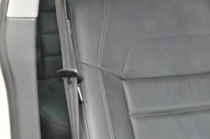 VW_Touareg_seat_062720152