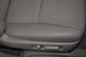 Toyota_Alphard_seat_070420154