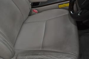 Toyota_Alphard_seat_070420155
