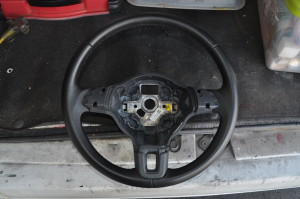 VW_Golf_steering_071920152