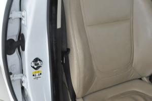 Jaguar_XF_seat_073020151