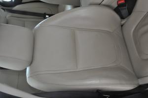 Jaguar_XF_seat_073020157