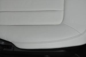 Mercedes-Benz_CLS350_seat_080720156