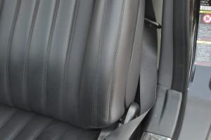 Mercedes_Benz_SL550_seat_072920152