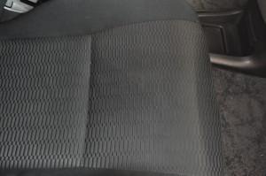 Toyota_Voxy_seat_090420153