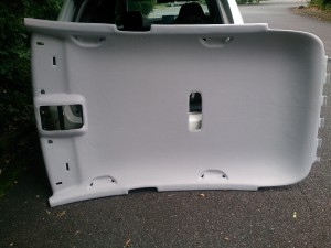 VW_Golf_roofheadlining_090620152