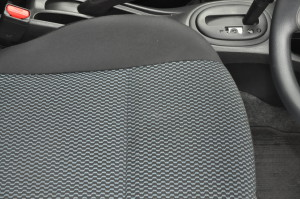 Nissan_Note_seat_100520152