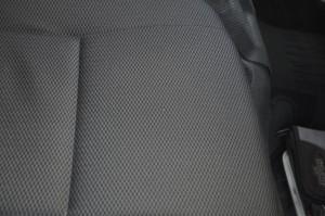 Toyota_Hiace_seat_101220151