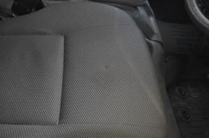 Toyota_Hiace_seat_101220152