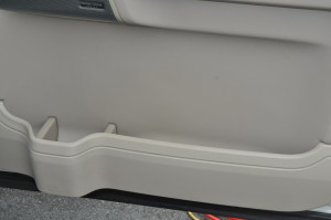 Land_Rover_Discovery_doortrim_111120152